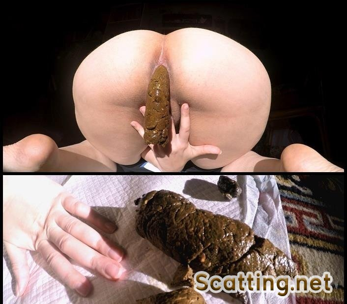 LoveRachelle2 - Dropping 3 Thick Chunky Turds (Amateur, Solo) Big Pile [4K UltraHD]