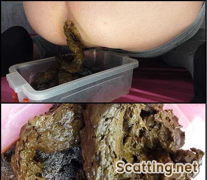 Anna Coprofield - 5 Shit for Freezing (Defecation, Solo) Amateur Shit [FullHD 1080p]