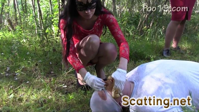 MilanaSmelly - You can breathe only through the mouth (Outdoor, Humiliation, Group) Femdom [HD 720p]