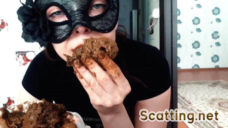 ScatLina - Eating shit out of white pantyhose (Farting, Poop, Solo) Smearing [FullHD 1080p]