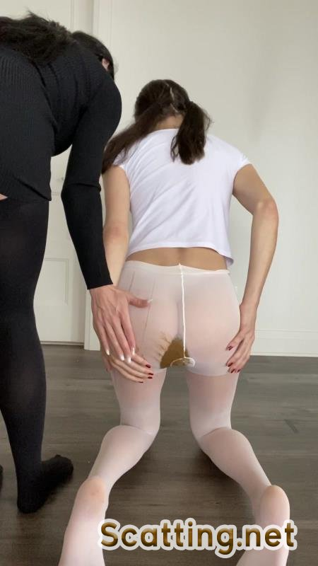 TheHealthyWhores - Shitting myself inside white pantyhose (Solo, Teen) Shit In Pantyhose [UltraHD 2K]
